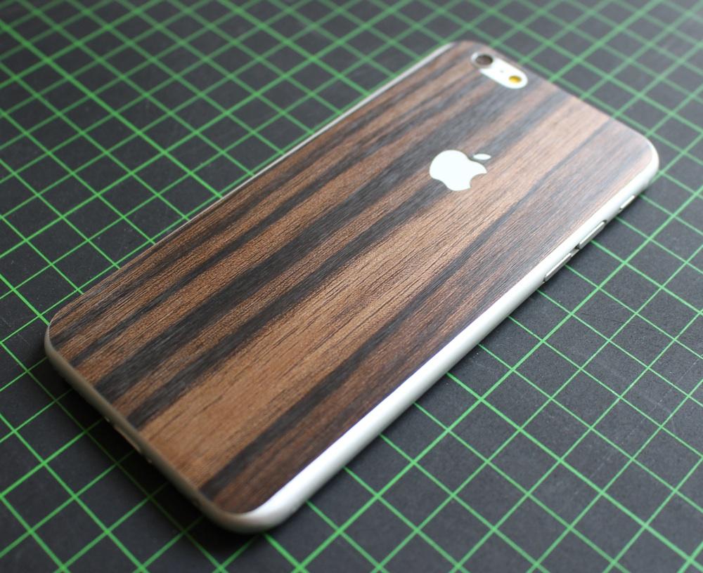iPhone 6 / 6S / 6 Plus / 6S Plus Aufkleber / Sticker / Skin. 3D Aufkleber für die Rückseite. - 3D Holz, metallic, braun