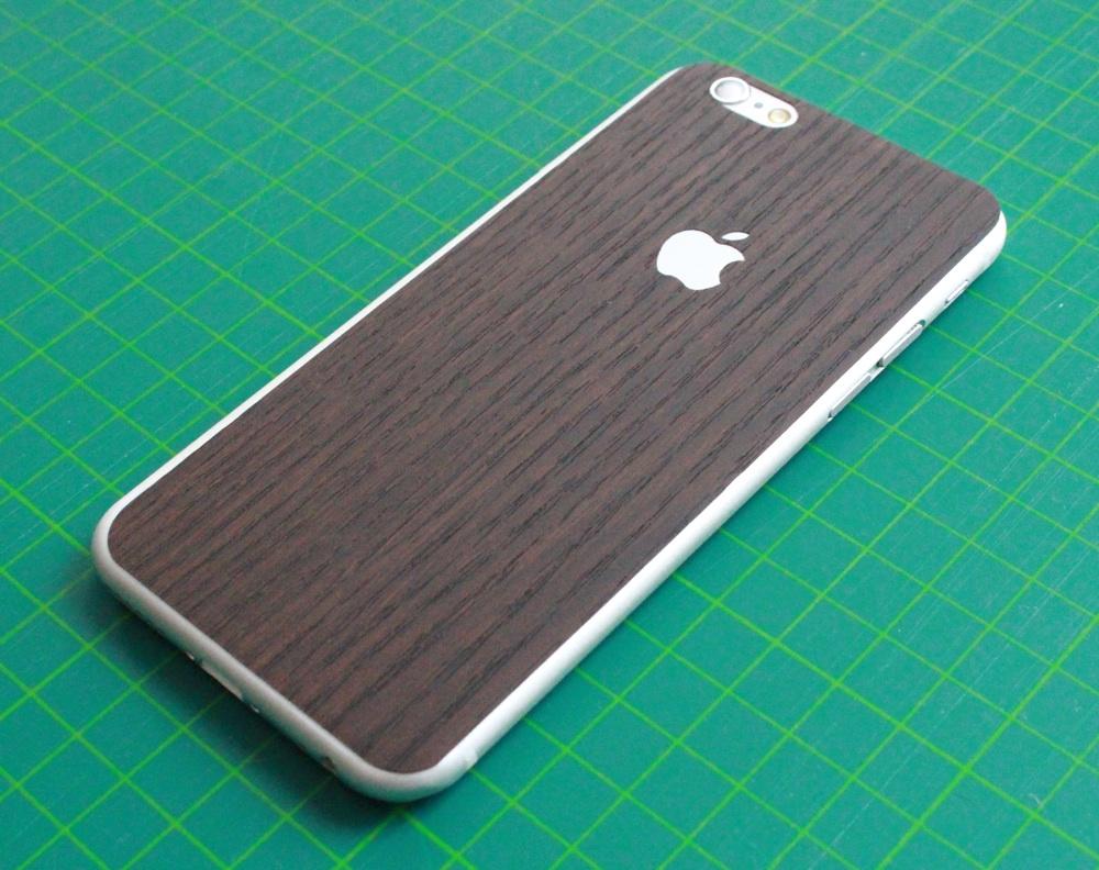 iPhone 6 / 6S / 6 Plus / 6S Plus / 7 Aufkleber / Sticker / Skin. 3D Aufkleber für die Rückseite. - 3D Holz, braun