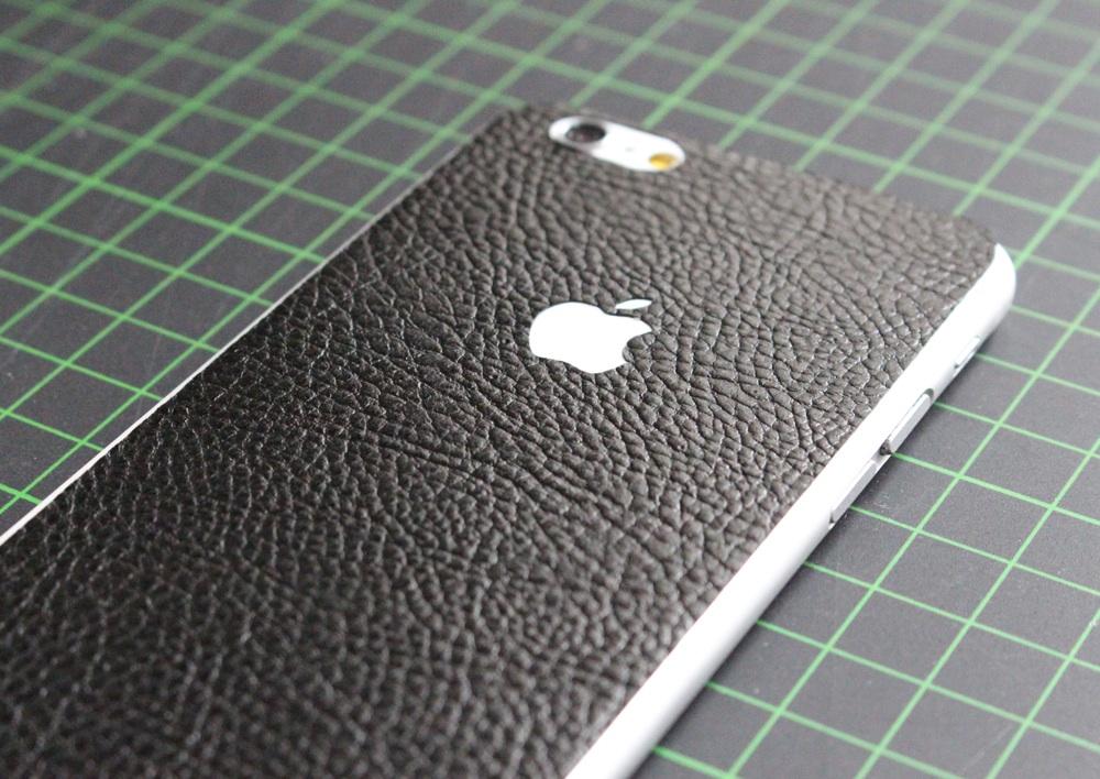 iPhone 6 / 6S / 6 Plus / 6S Plus Aufkleber / Sticker / Skin. 3D Aufkleber für die Rückseite. - Schwarzes Leder