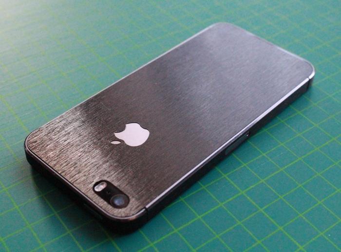 iPhone Aufkleber / Sticker 3D Struktur für iPhone 4/4S/5/5S - Gebürsteter Stahl - schwarz