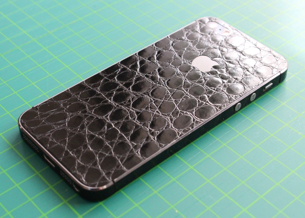 iPhone Aufkleber / Sticker 3D Struktur für iPhone 4/4S/5/5S - Alligator Black - Sonderedition
