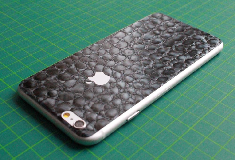 iPhone 6 / 6S / 6 Plus / 6S Plus / 7 Aufkleber / Sticker / Skin. 3D Aufkleber für die Rückseite. - Alligator Leder, grau